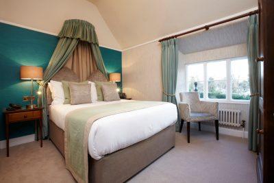 Claife Heights Room, Cedar Manor